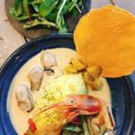 今週のカレー◯牡蠣の白いカレー◯いい夫婦限定カレー◯サービスランチカレー